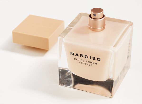 http://shopdep24h.com/images/nuoc-hoa-nu-full-size/narciso-rodriguez-poudree-chai-nude-edp-90ml/Narciso-Rodriguez-Narciso-Poudre-Detail-1.png
